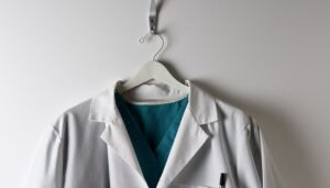 White Coat Beats Casuals in Patient Perceptions, With Gender Caveats